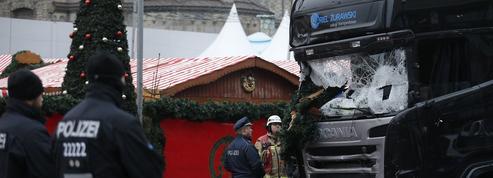 EN DIRECT - Attentat de Berlin : course contre la montre pour retrouver le suspect