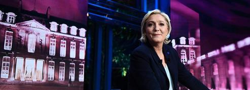 EN DIRECT - Présidentielle : Marine Le Pen tend la main aux électeurs de François Fillon