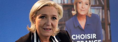 EN DIRECT - Plagiat : Le Pen dit avoir sciemment repris des propos de Fillon