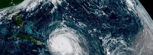 EN DIRECT - Irma se dirige vers les Bahamas