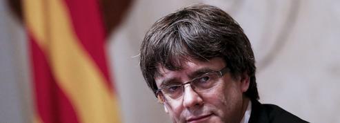 EN DIRECT - Catalogne : Puigdemont ne convoque pas d'élections anticipées