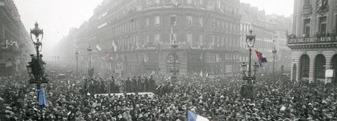 EN DIRECT - Centenaire de l'Armistice : la journée du 11 novembre 1918 heure par heure