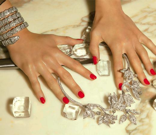 Diamants sur canap madame figaro for Diamants sur canape