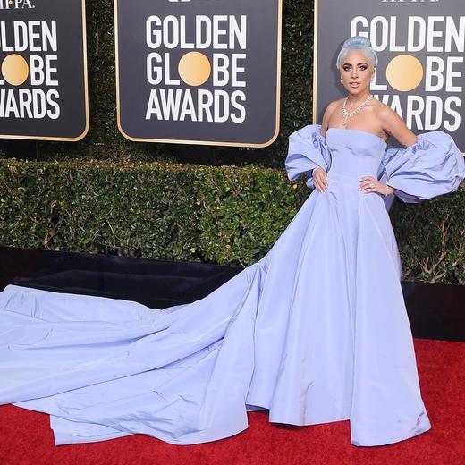 Les robes et autres looks à retenir de la 76e cérémonie des Golden Globes ,  Lady