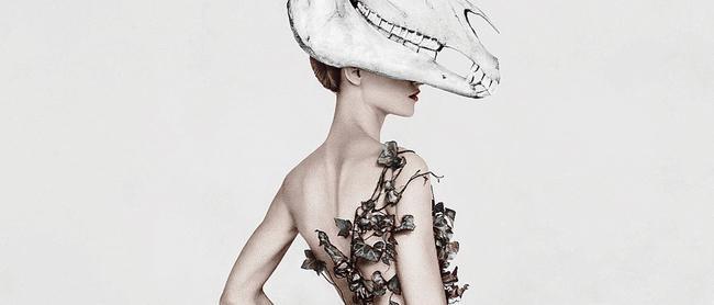 """Une mode écoresponsable au cœur de l'exposition """"fashioned from nature"""", à Londres"""
