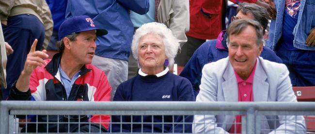 Barbara Bush, à la fois épouse et mère de présidents américains, est morte