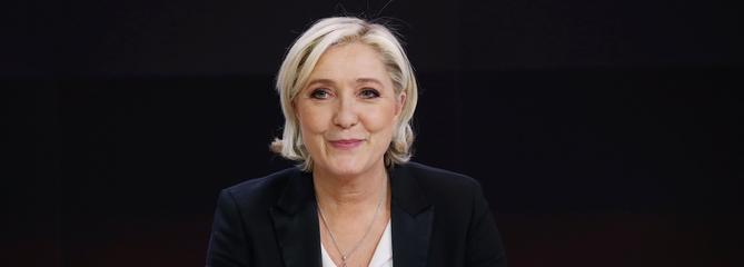 Marine Le Pen sur le plateau du JT de France2, lundi soir.