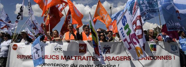 EN DIRECT - Grève des fonctionnaires: 16.400 manifestants dans le cortège parisien
