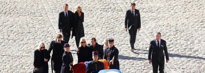 Charles Aznavour: un hommage national sobre et vibrant aux Invalides