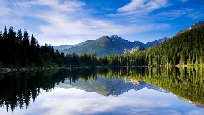 Grand lake est la première étape du fleuve après sa source.