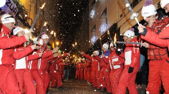 À Paris, l'armée rouge de l'École du ski français (France Montagnes).