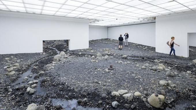 <i>Riverbed,</i> installation au Louisiana Museum of Modern Art, Danemark.