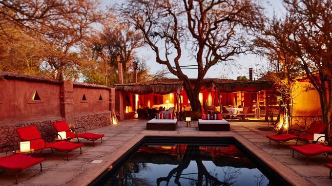 L'univers raffiné et chaleureux de l'Awasi, resort de poche caché dans l'oasis de San Pedro.