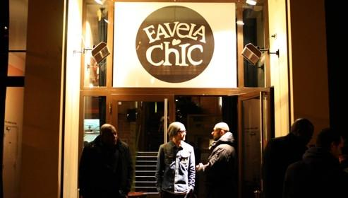 Lire la critique : Favela Chic