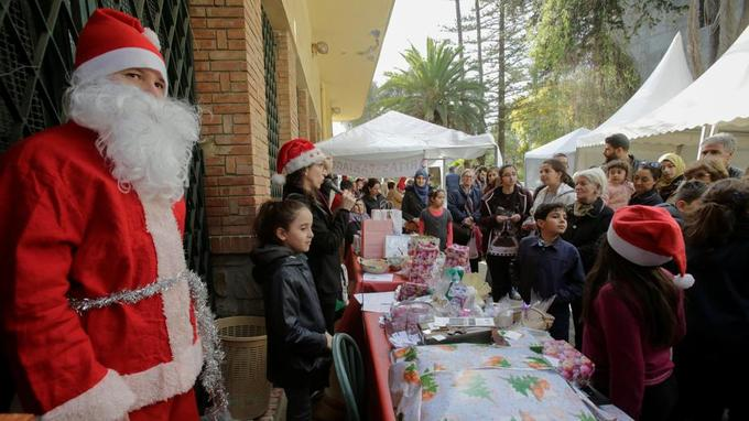 Un petit marché de Noël à Alger