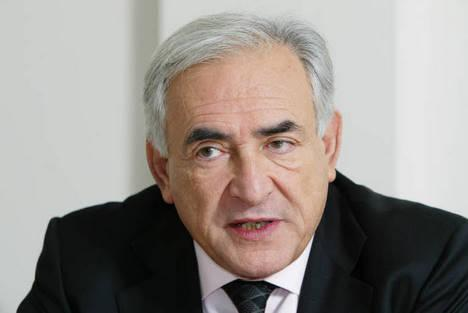 Washington appelle le FMI à choisir DSK