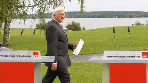 Allemagne: Steinmeier sera l'adversaire de Merkel en 2009