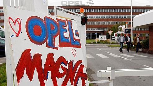 Opel cherche une solution pour sauver le site d'Anvers