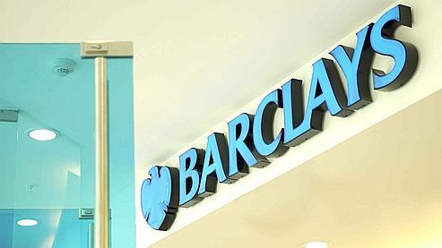 Le bénéfice net de Barclays dégringole de 54%