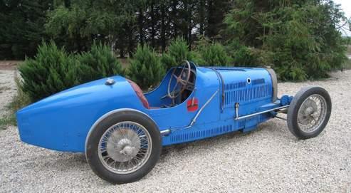 Une exceptionnelle Bugatti aux enchères