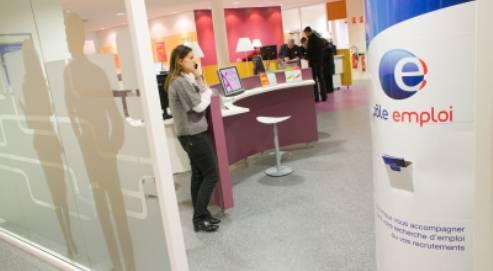 Moins de chômeurs en fin de droits que prévu en 2010
