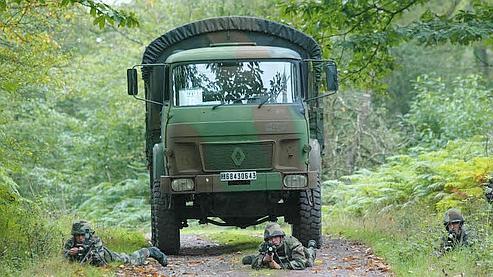 Un contrat de camions militaires remis en cause