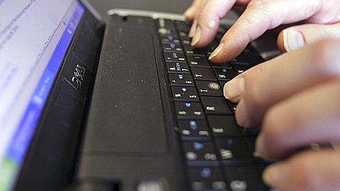 Comment utiliser Internet sans perdre son emploi