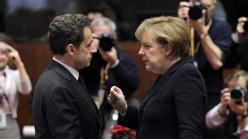 Merkel et Sarkozy plaident pour un gel du budget de l'UE