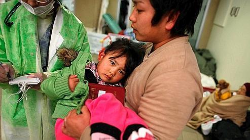 Japon : les Français réticents à faire des dons aux sinistrés