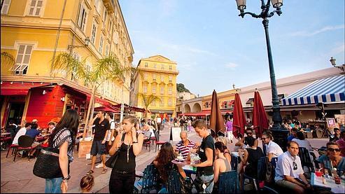 Le beau temps profite aux hôteliers français