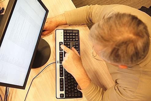Internet: les opérateurs face aux «netgloutons»