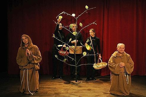 Uccellacci e Uccellini, Saint François et le corbeau