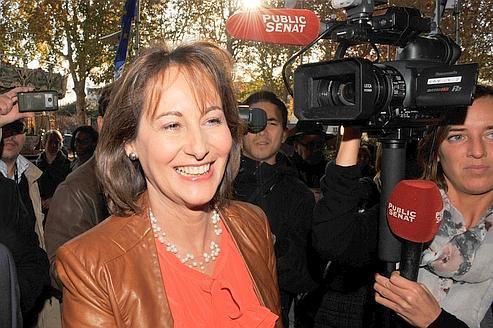 Le PS permet à Ségolène Royal d'échapper à une primaire