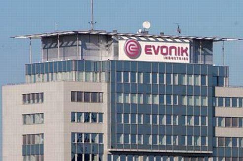 Evonik : un incendie menace la production automobile