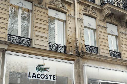 Le crocodile Lacoste passe sous pavillon suisse