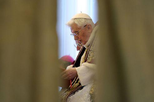 «Je déclare renoncer au ministère d'évêque de Rome»