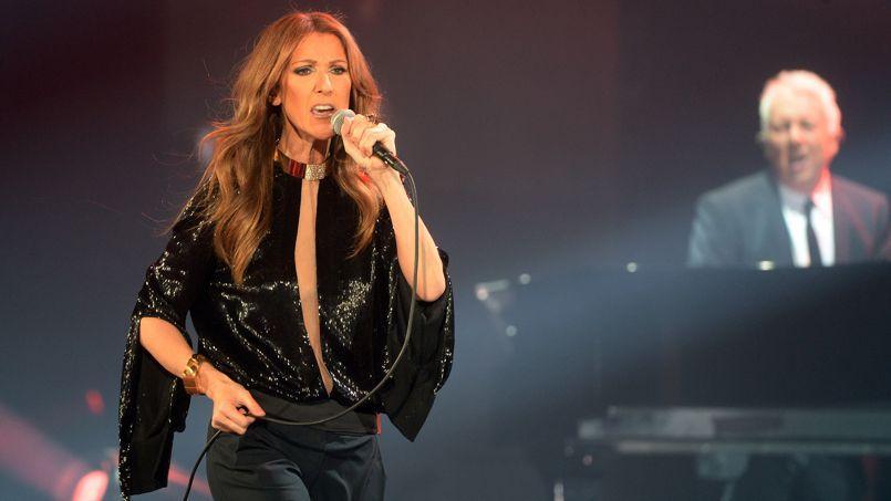 Céline Dion à Bercy: une prestation aussi kitsch qu'éblouissante
