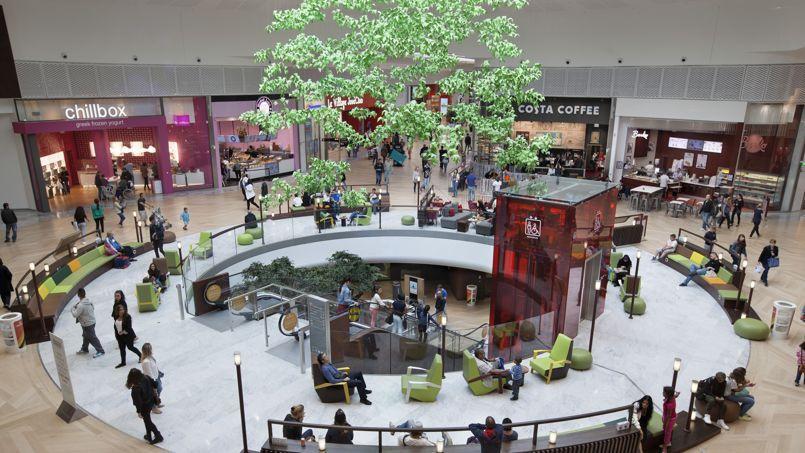 Les centres commerciaux se vident - Le centre commercial aeroville ...
