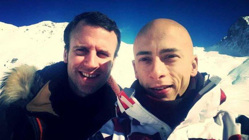 Emmanuel Macron avec un skieur. Crédits photo: Jon_33 / Twitter