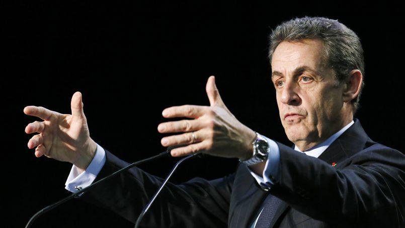 Nicolas Sarkozy, en meeting Ã Palaiseau (Essonne), le 16 mars.