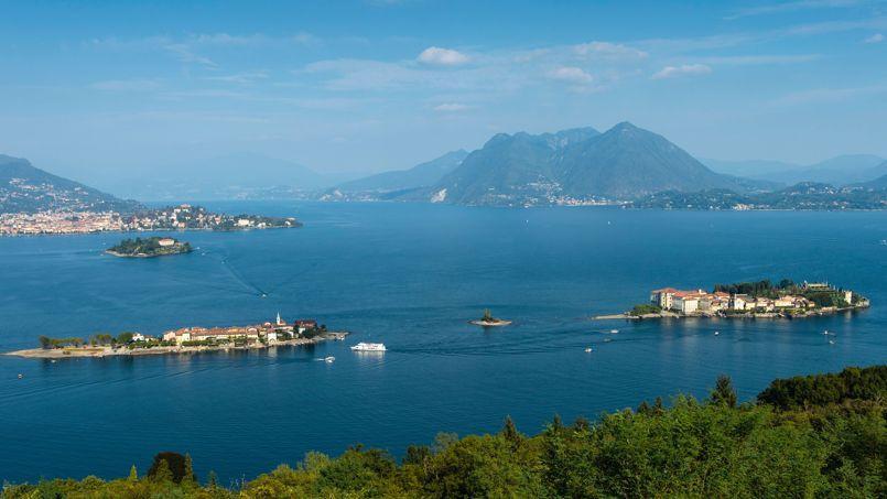 Trois îles, trois ambiances: de gauche à droite, Isola Madre (en haut), Isola Superiore et Isola Bella.