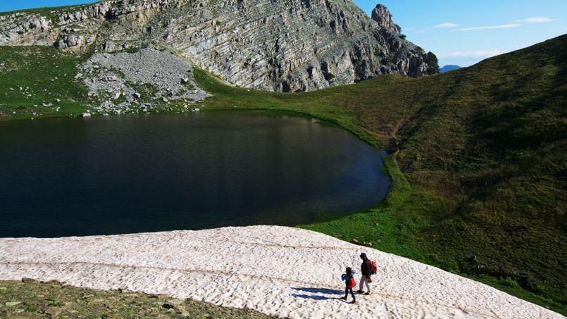 """Résultat de recherche d'images pour """"lacs de zagori drakolimni"""""""
