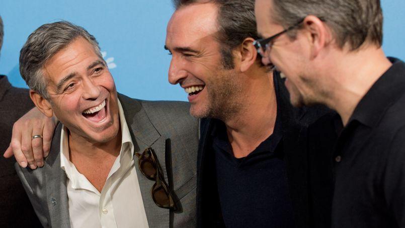 George clooney et jean dujardin font la chenille berlin for Dujardin rire
