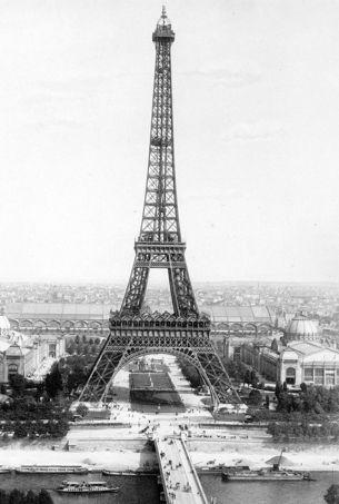 La tour eiffel 125 bougies pour la dame de fer for Expo paris mars