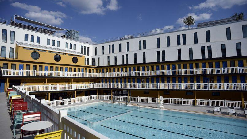 Molitor la piscine embl matique de paris rouvre ses portes for Porte de piscine