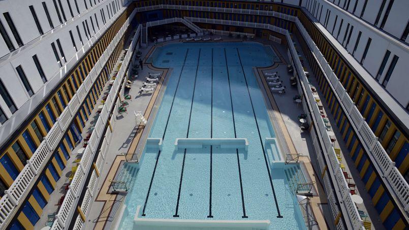 Molitor la piscine embl matique de paris rouvre ses portes - Piscine bassin exterieur paris argenteuil ...