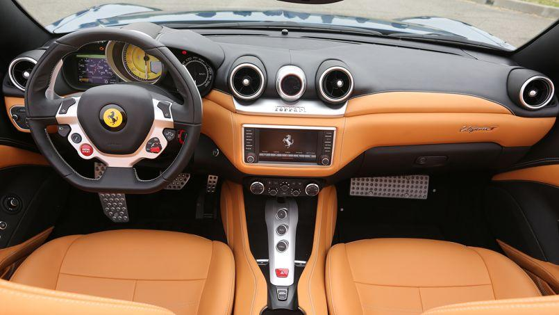 Ferrari california t l 39 esprit c te ouest for Ferrari california t interieur