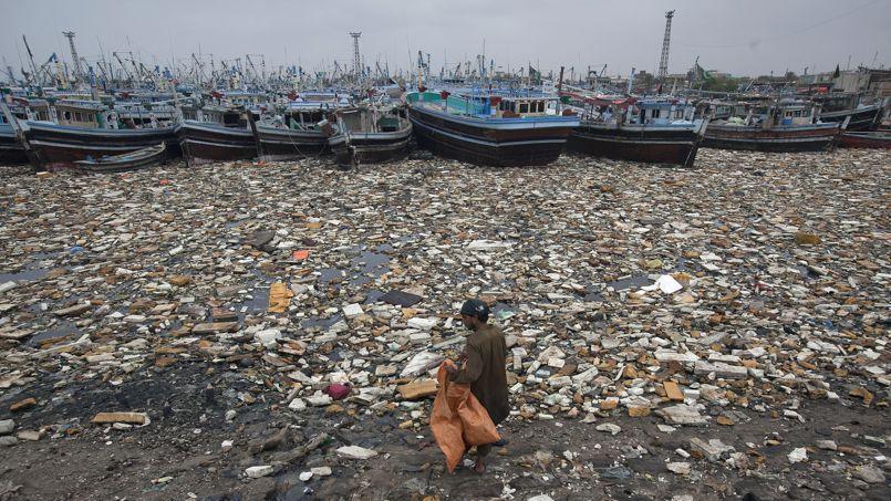 """Résultat de recherche d'images pour """"la pollution de mer marocain"""""""