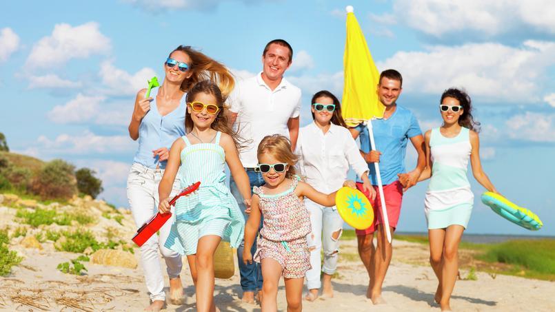 Tout compte fait - Vacances : comment partir sans se ruiner ?