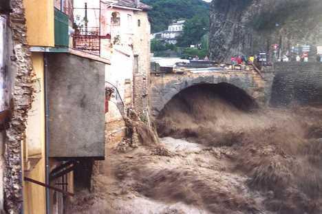 Valuer les risques de catastrophes naturelles - Office du tourisme de vaison la romaine ...